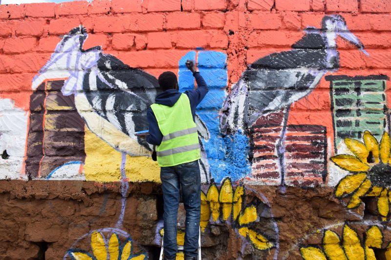 Photo 12 of murals at Nairobi globe roundabout