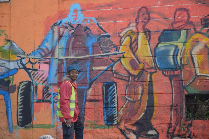 Photo 4 of murals at Nairobi globe roundabout