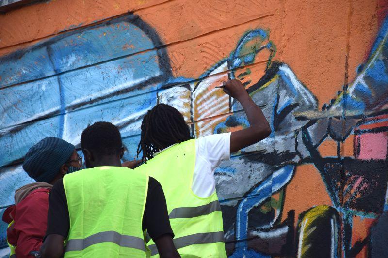 Photo 5 of murals at Nairobi globe roundabout