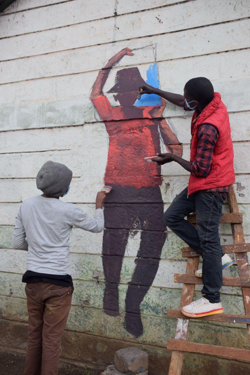 Photo 8 of murals at Nairobi globe roundabout