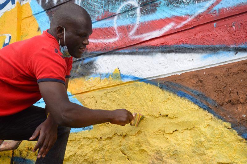 Photo 10 of murals at Nairobi globe roundabout