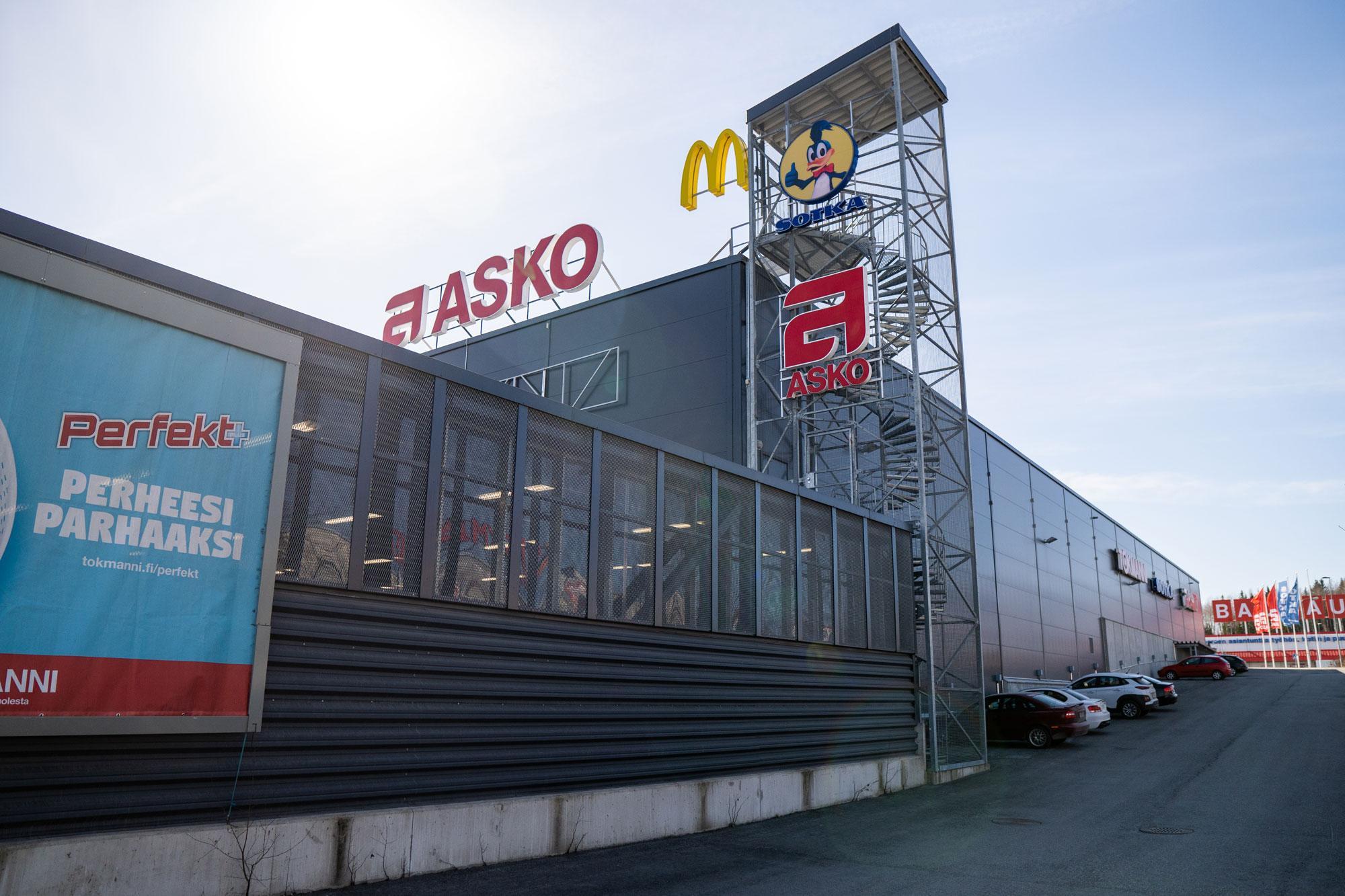 Partolan liikekeskus Suunnittelu Teräsmaa