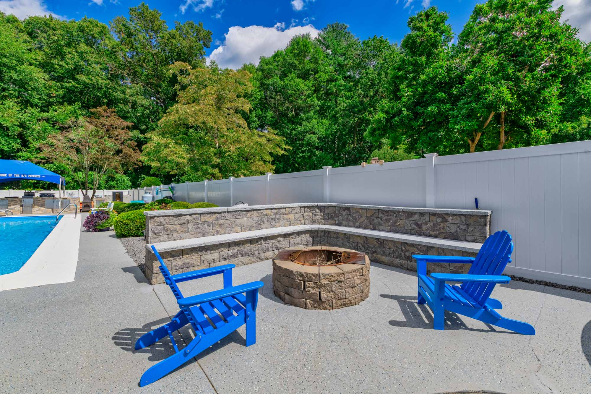 Fire Pits & Seating Walls