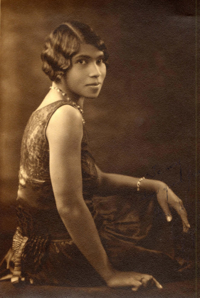 Photo of contralto Marian Anderson courtesy of Carnegie Hall's Digital Collections