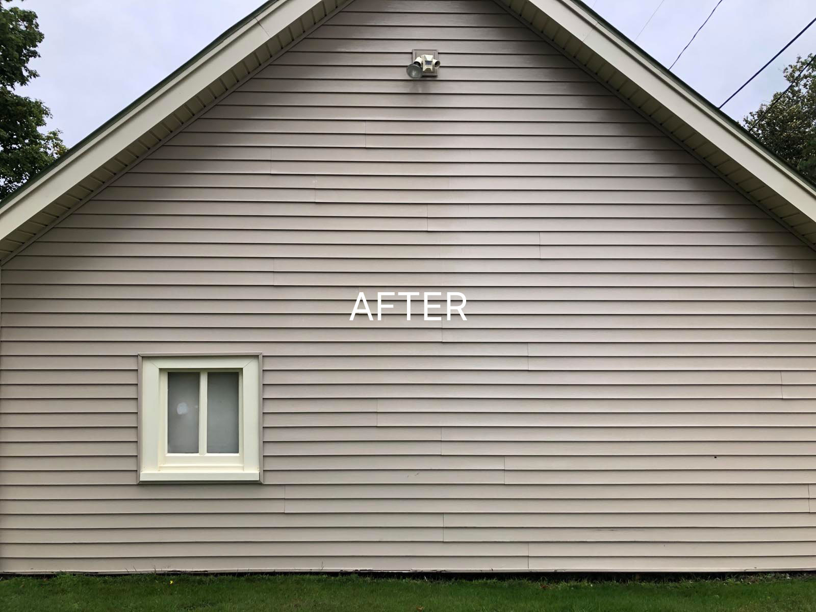 clean siding after soft washing