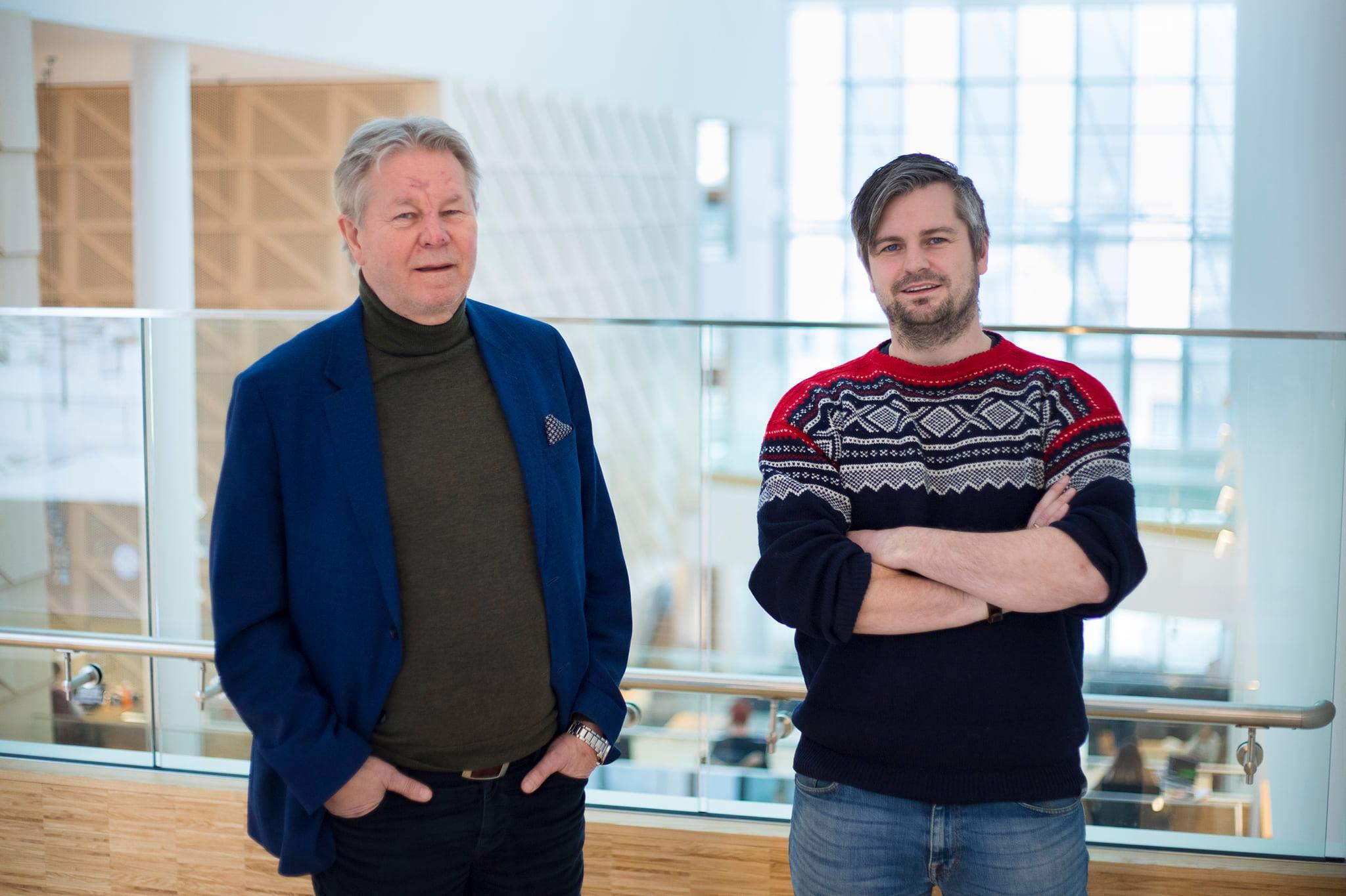 Arve Løberg og Jo Kristian Kvernland i PKOM har flyttet inn på InnoCamp Steinkjer. Foto: Camerat.