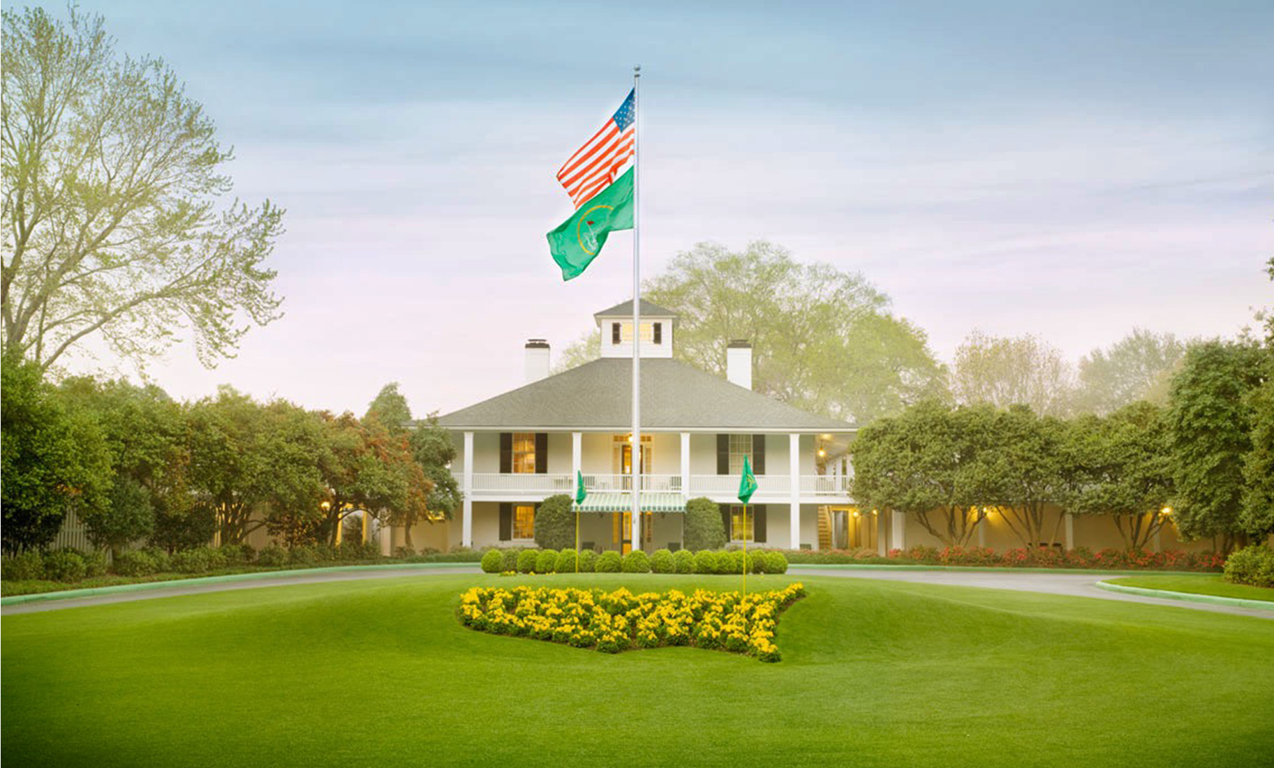 Photo of Augusta National clubhouse