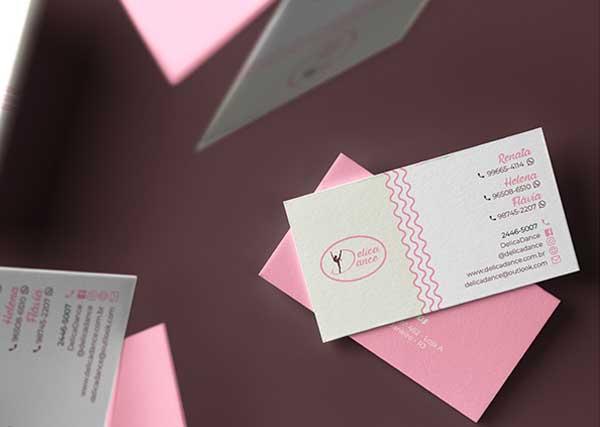Imagem exibindo cartões de visita da empresa DelicaDance Moda Ballet