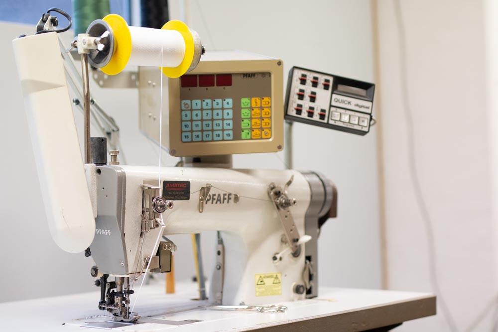 Symaskin fra SØM avdelingen hos Sitwell Fabrikken