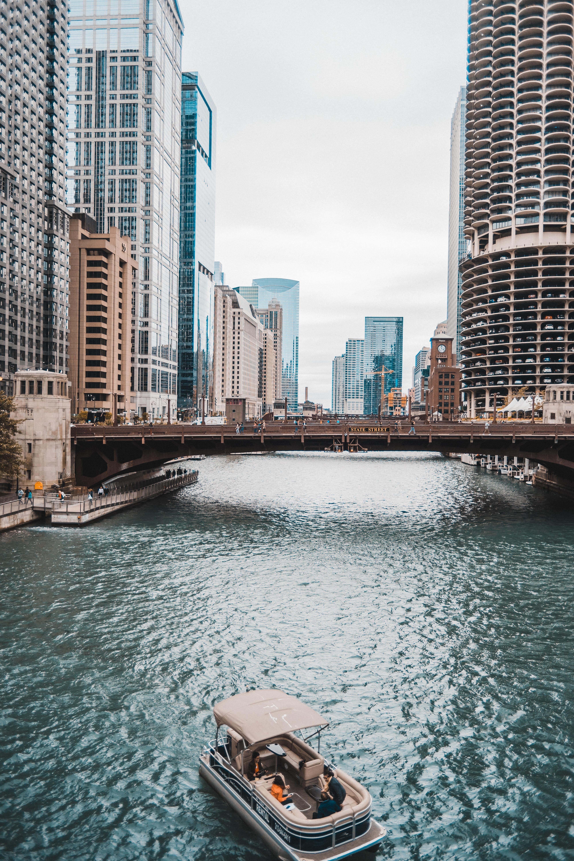 Big deal: Deconversions still happening in Chicago