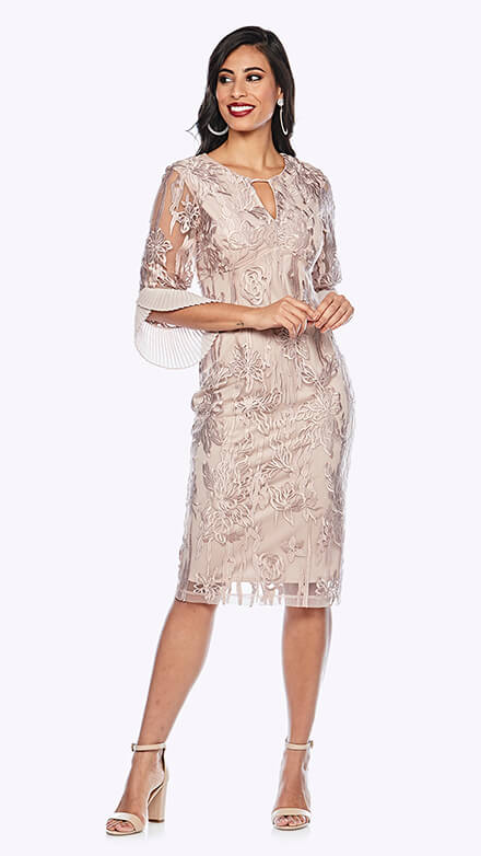 3/4 sleeve mid-length dress with keyhole front design