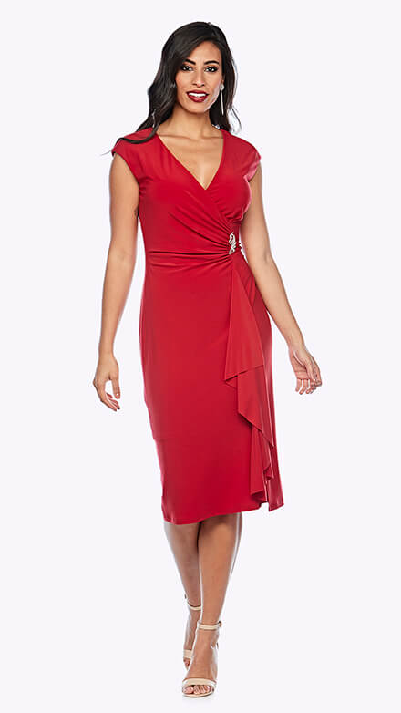 V neck wrap style knee-length dress with brooch detail