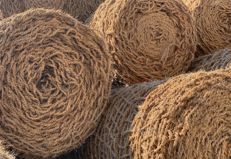 Protierozijska zaščita brežin s kokosovimi mrežami - Kokosova tkanina