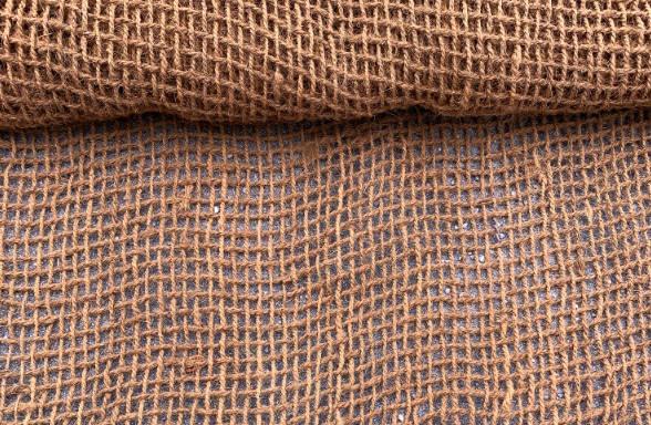Kokosova mreža CY 9 za protierozijsko zaščito brežin, Sanacija brežine - Protierozijski geotekstil