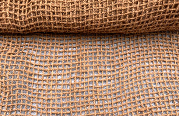 Kokosova mreža CY 7 za protierozijsko zaščito brežin, Sanacija brežine - Protierozijski geotekstil
