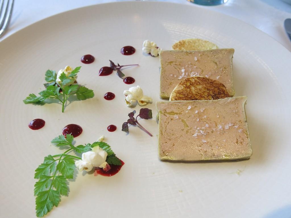 Restaurant_Argi-Eder_-_Foie_gras_de_canard_en_terrine