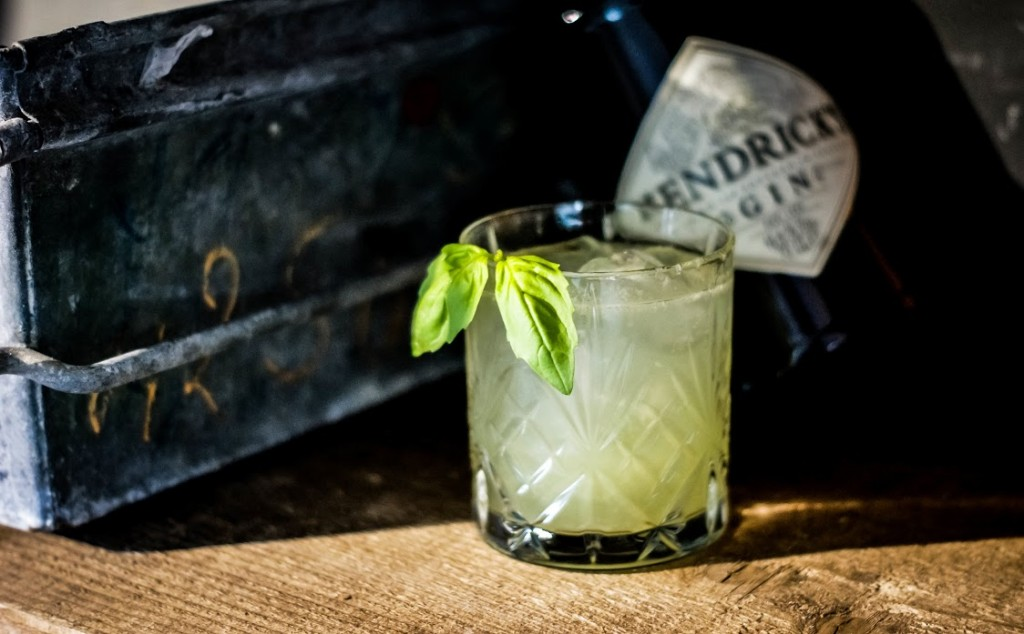 Gin Basil smash hendricks