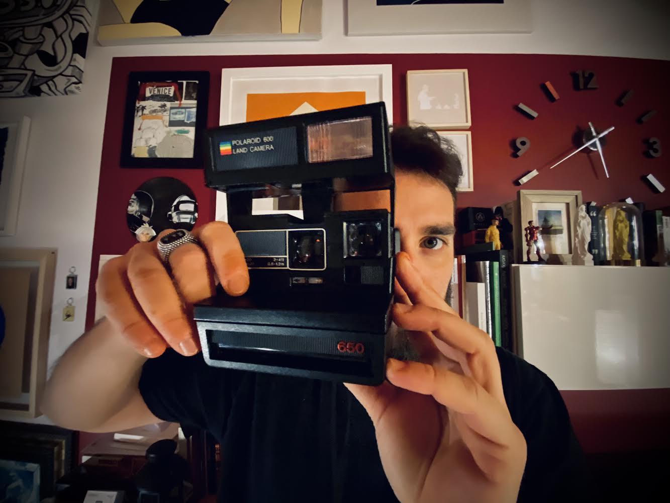 Alex d'Aquila, le Floating Polaroid che ci meravigliano