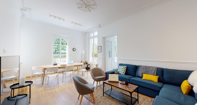 Salon dans une maison coliving Colonies