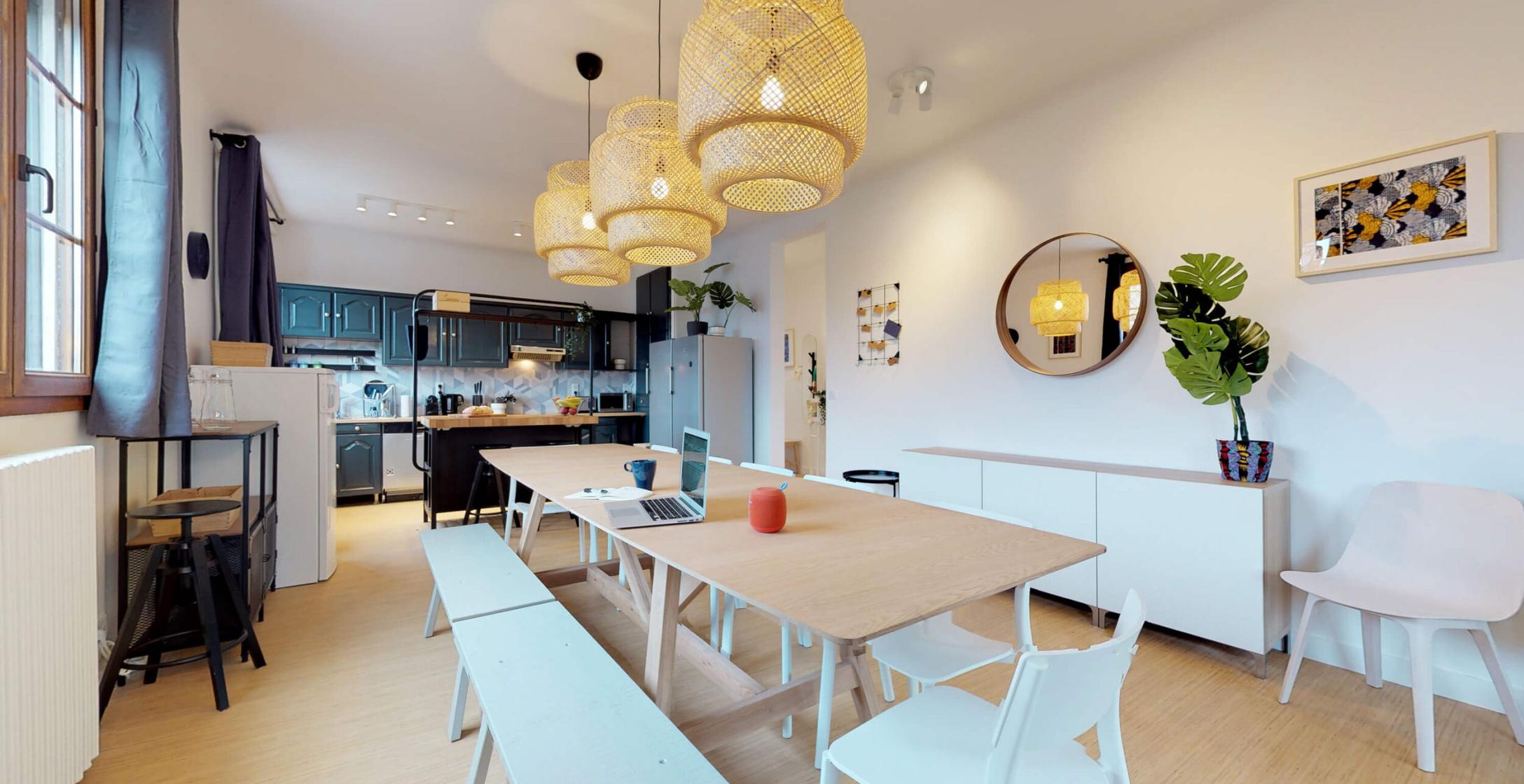 Cuisine et salle à manger d'une maison coliving Colonies