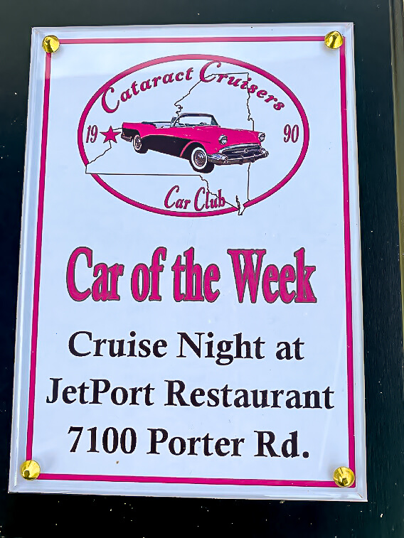 Cataract Cruisers car of the week plaque.