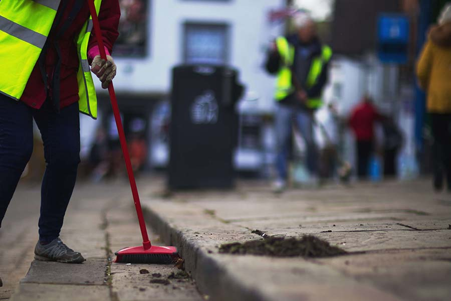 Ashbourne volunteers cleaning the streets