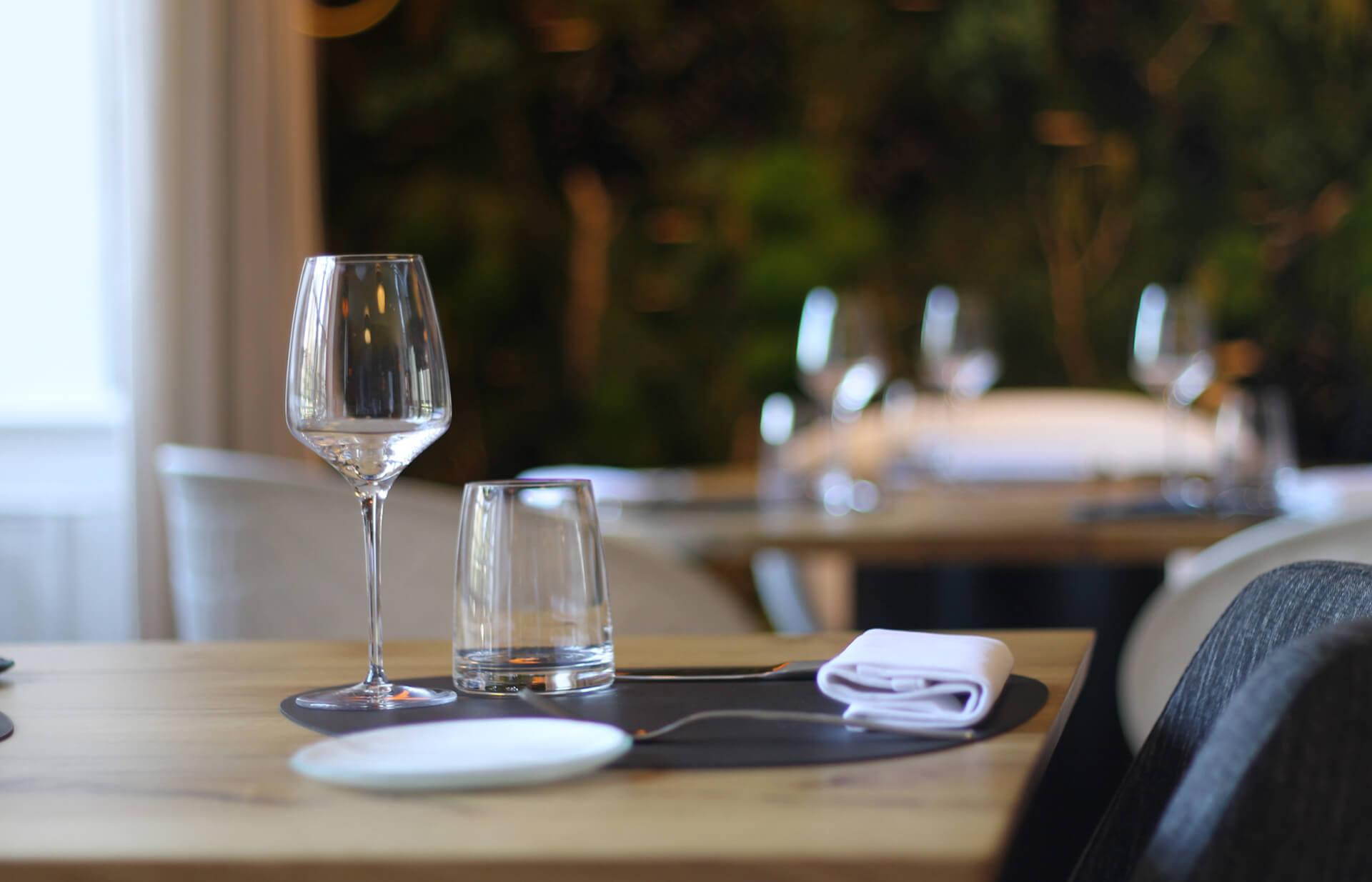 Impression von Tischen im Restaurant und in der Gastronomie