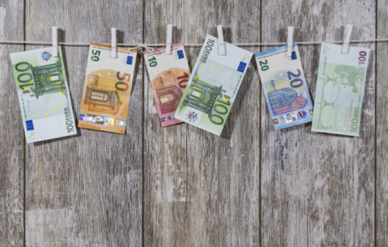 Versicherungscheck: 750 Euro pro Jahr gespart!