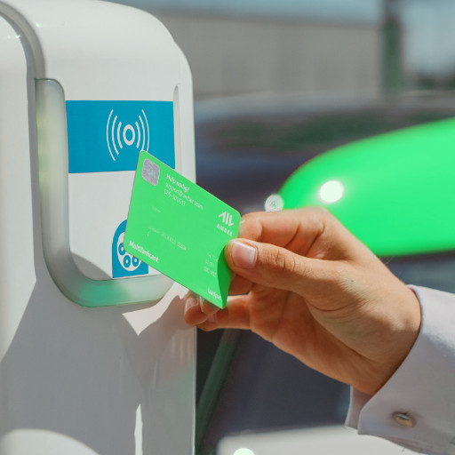 Person paying for their transport using NFC technology.