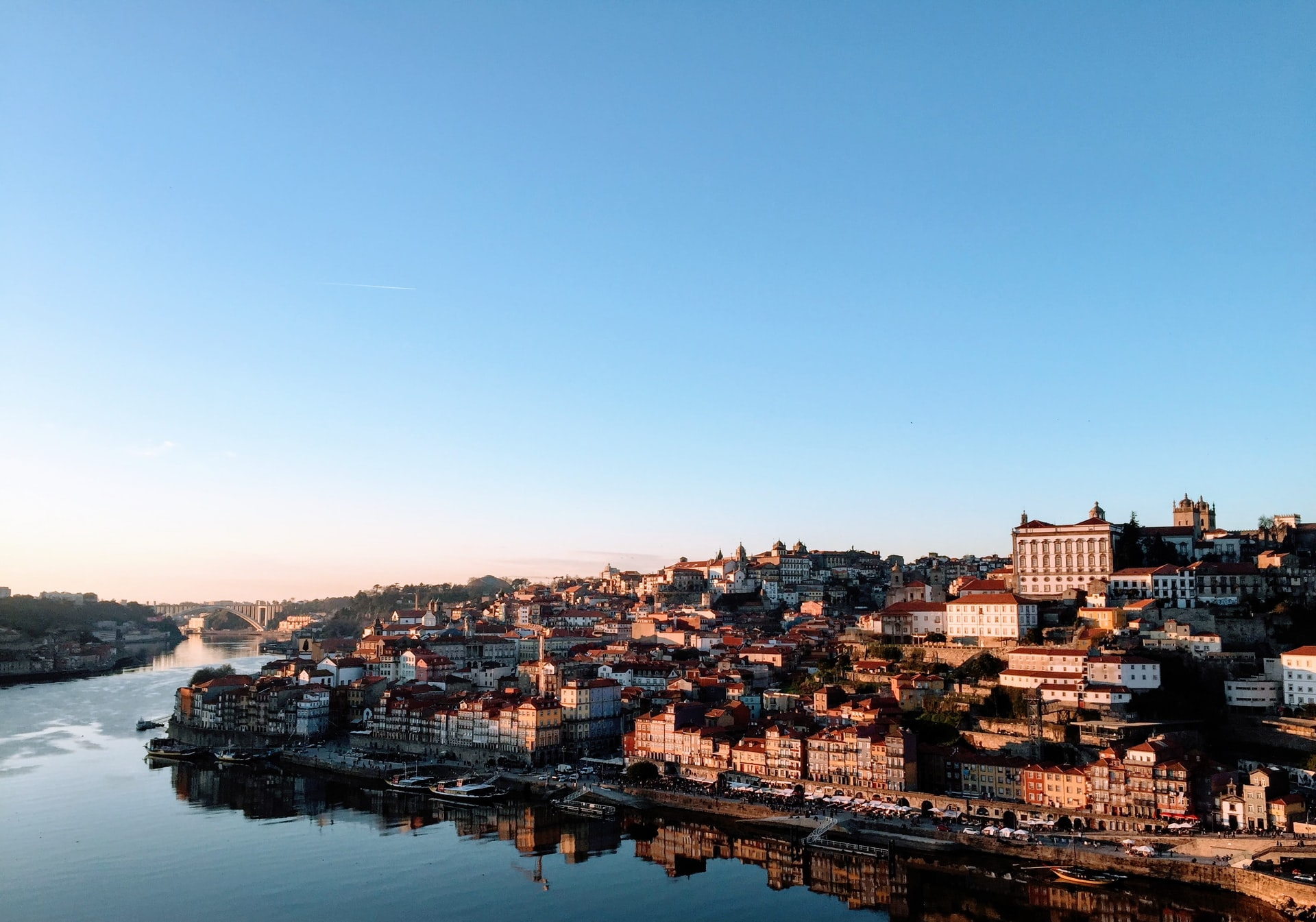 the city of porto and ideal spot for digital nomads