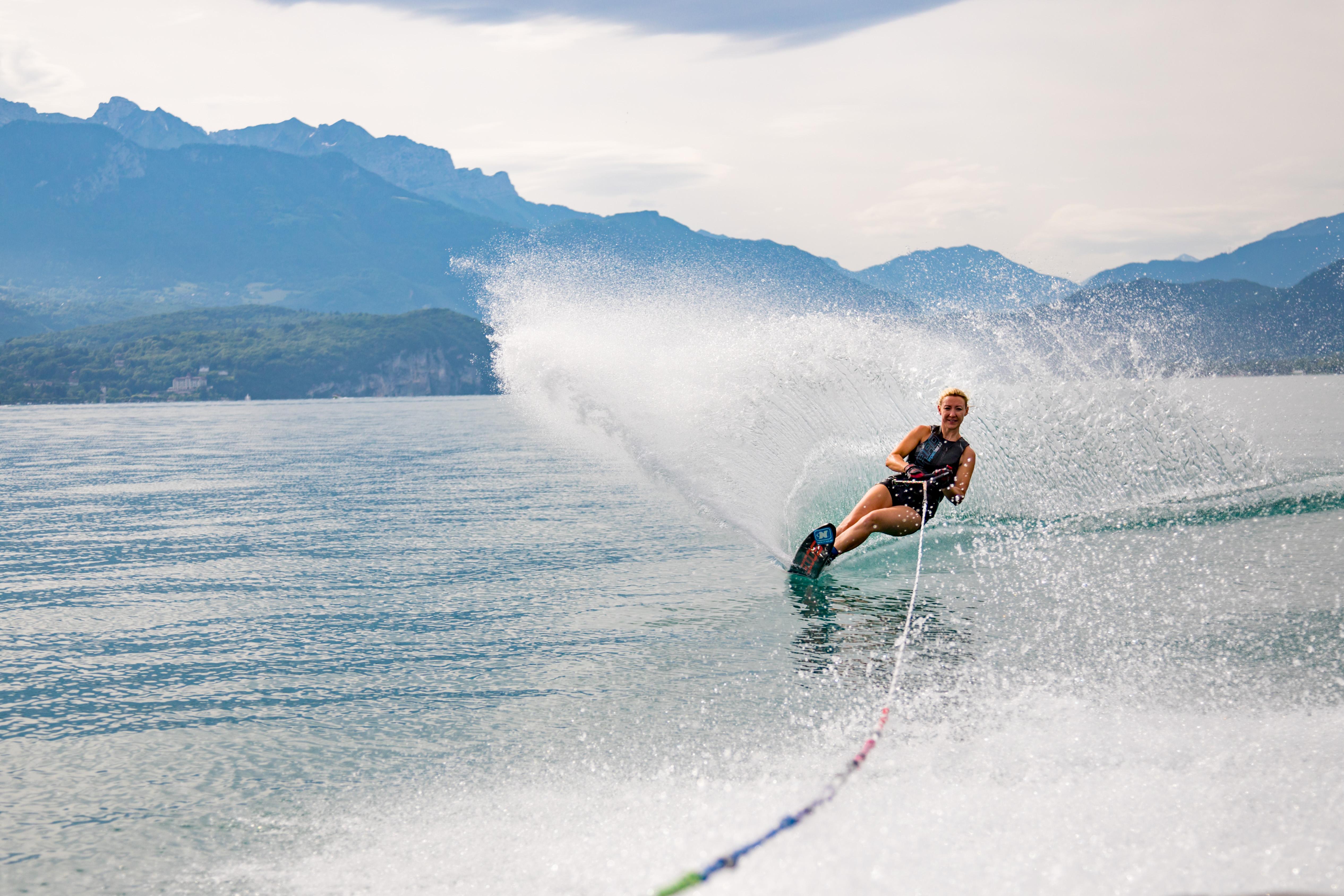 Ski Nautique sur la Lac d'Annecy