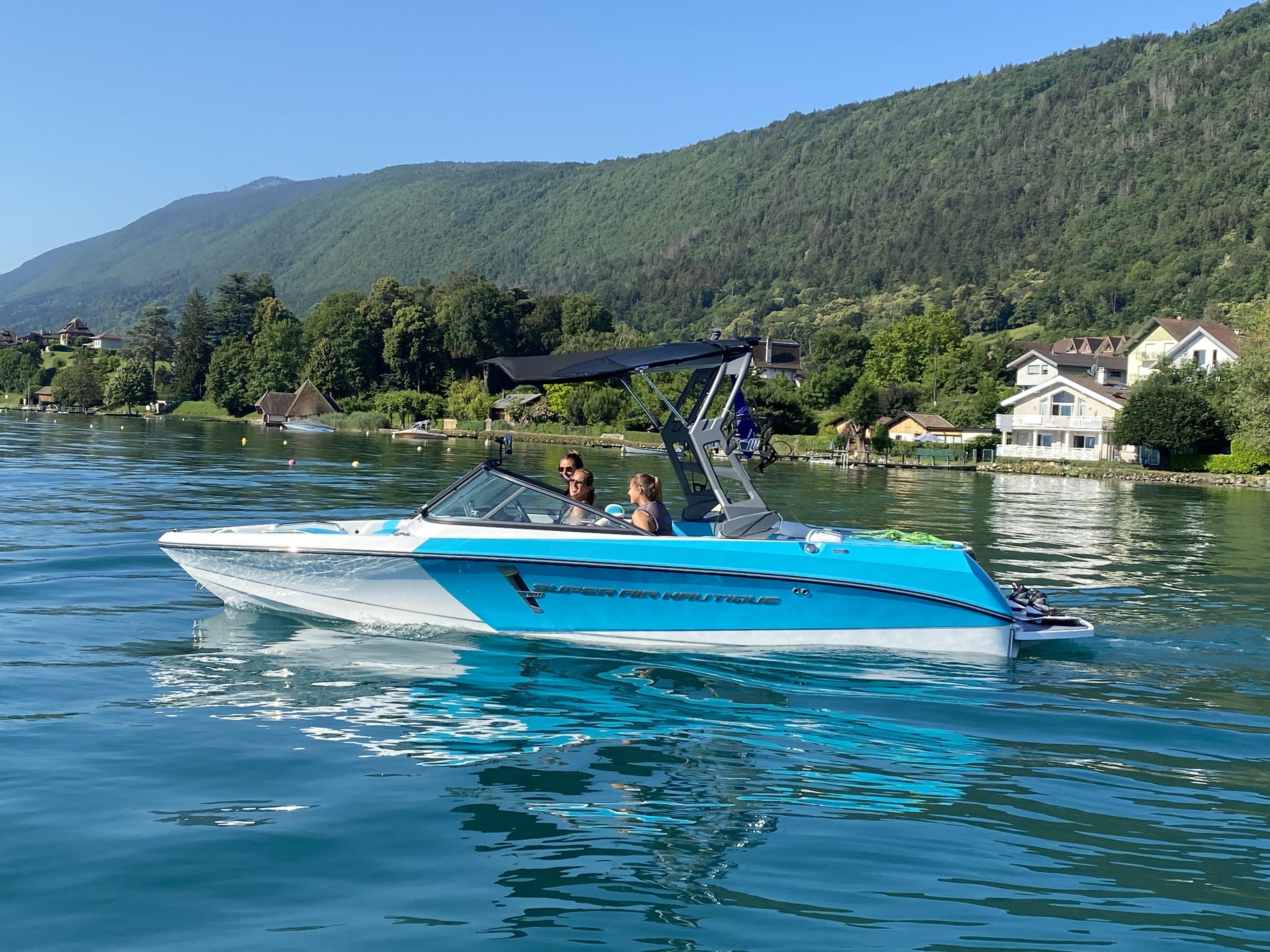 Privatisation/Location bateaux sur le lac d'Annecy