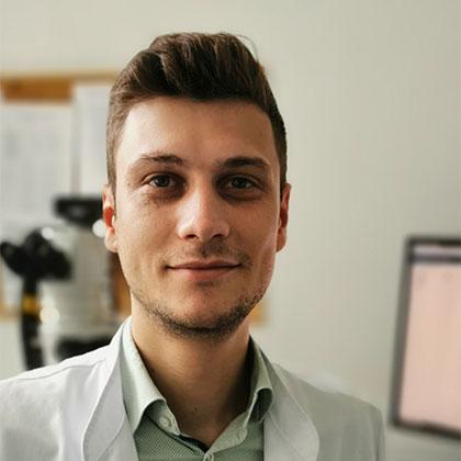 Niklas Abele who is a pathology expert and pathologist