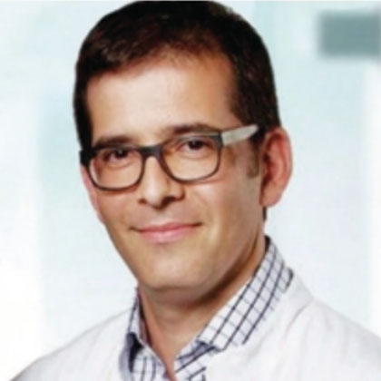 Dr A Perez Bouza senior pathologist and institute director at pathology Troisdorf