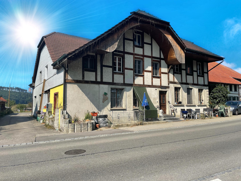 Mehrfamilienhaus Diesbach b. Büren