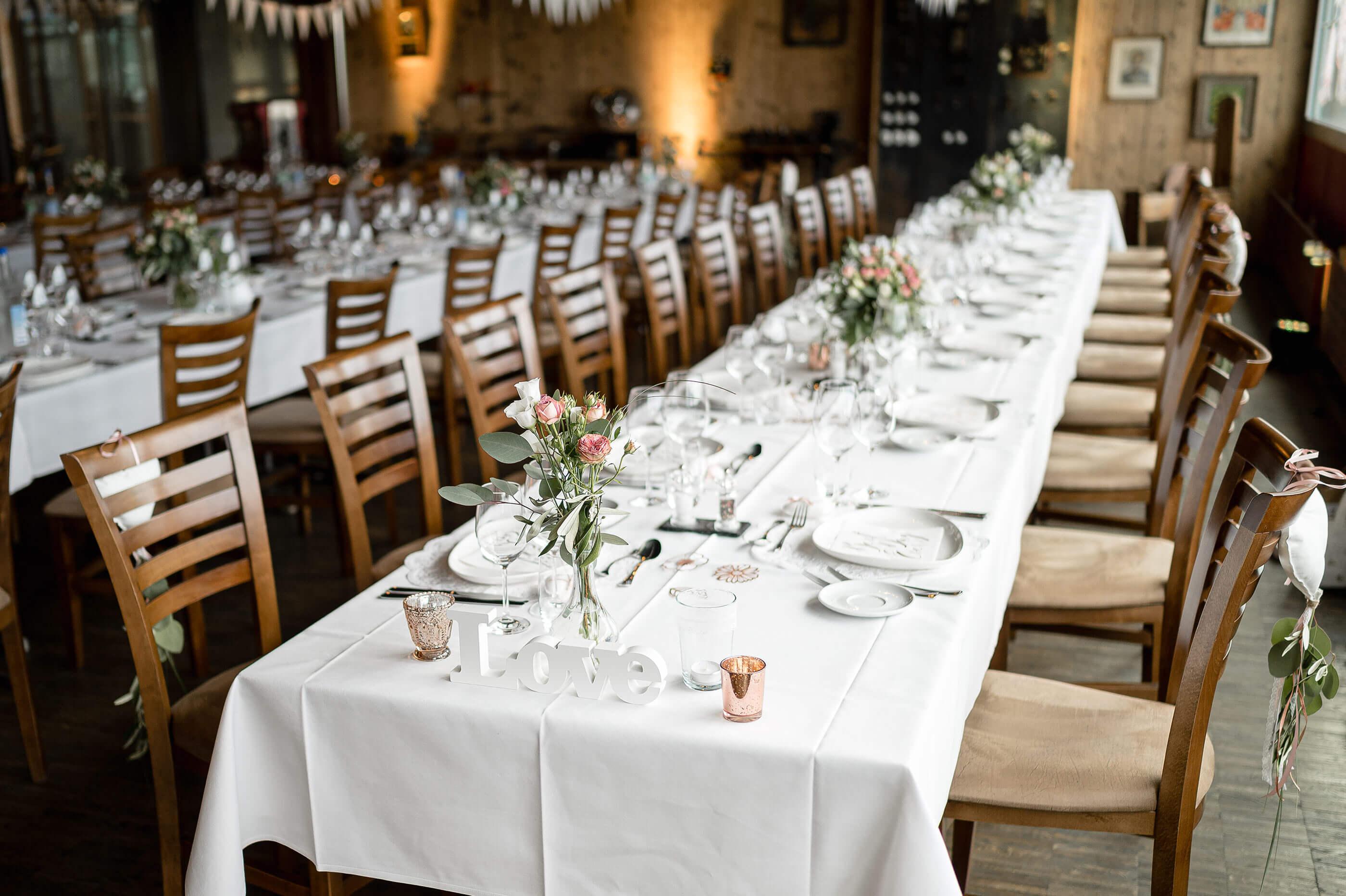 Hochzeit Speisesaal Dekoration