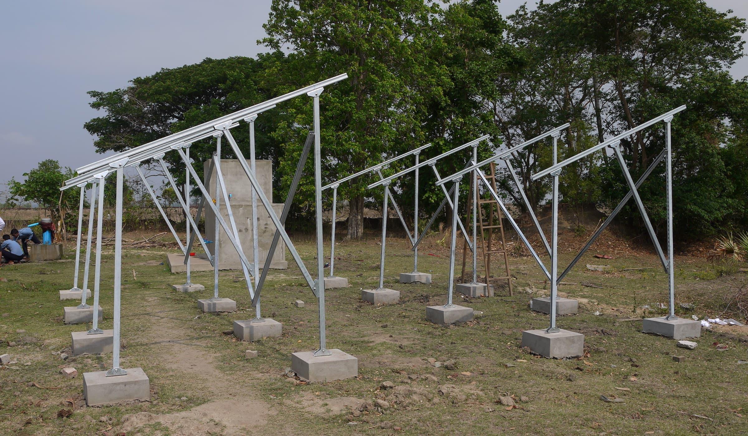 solar-panel-brackets-installation