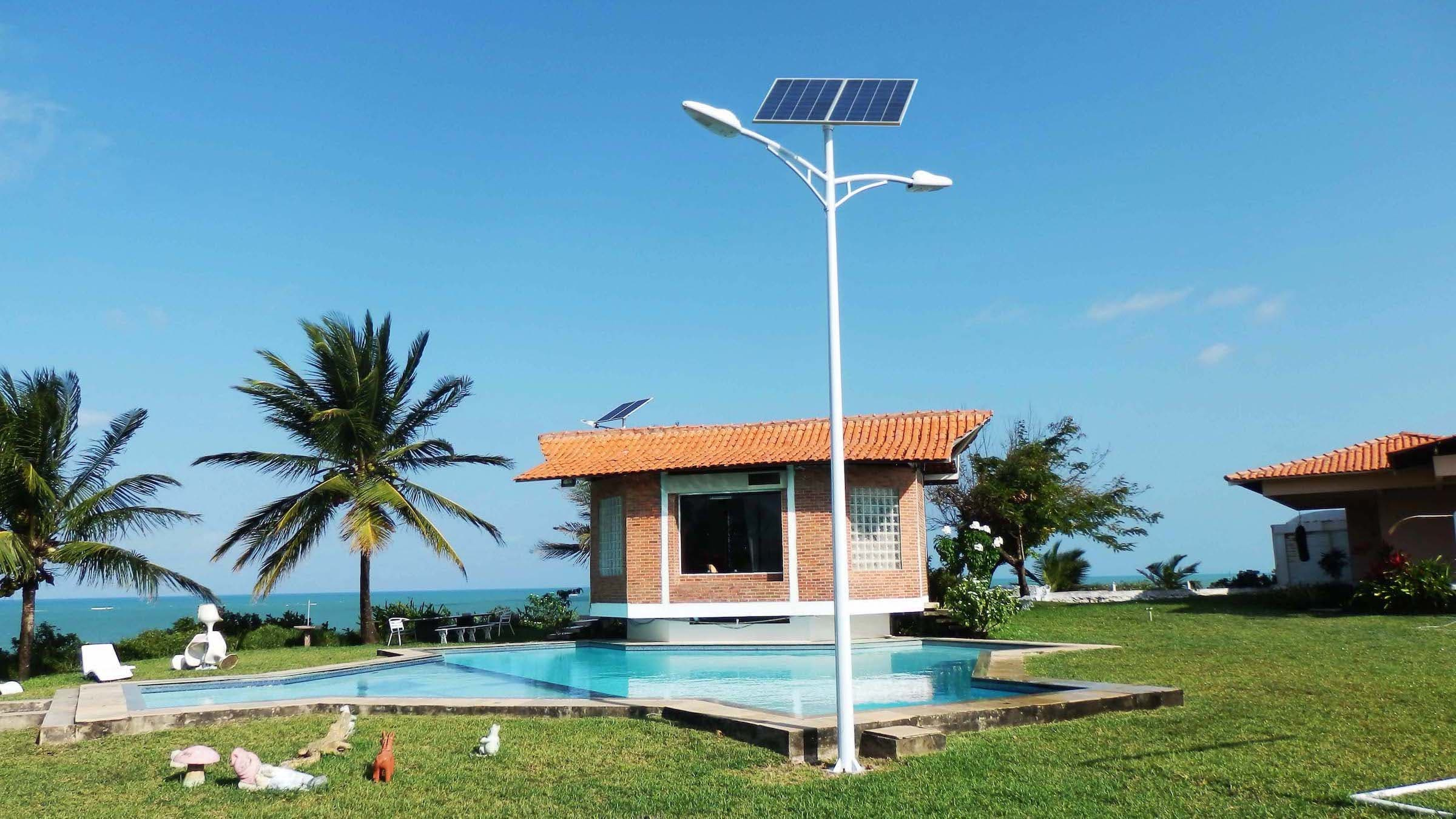 Solar street light 35w project in Brazil include the 160w solar panel, 150AH gel battery,35w lamp, 6m pole and 10A controller designed to run 8-12 hours a day