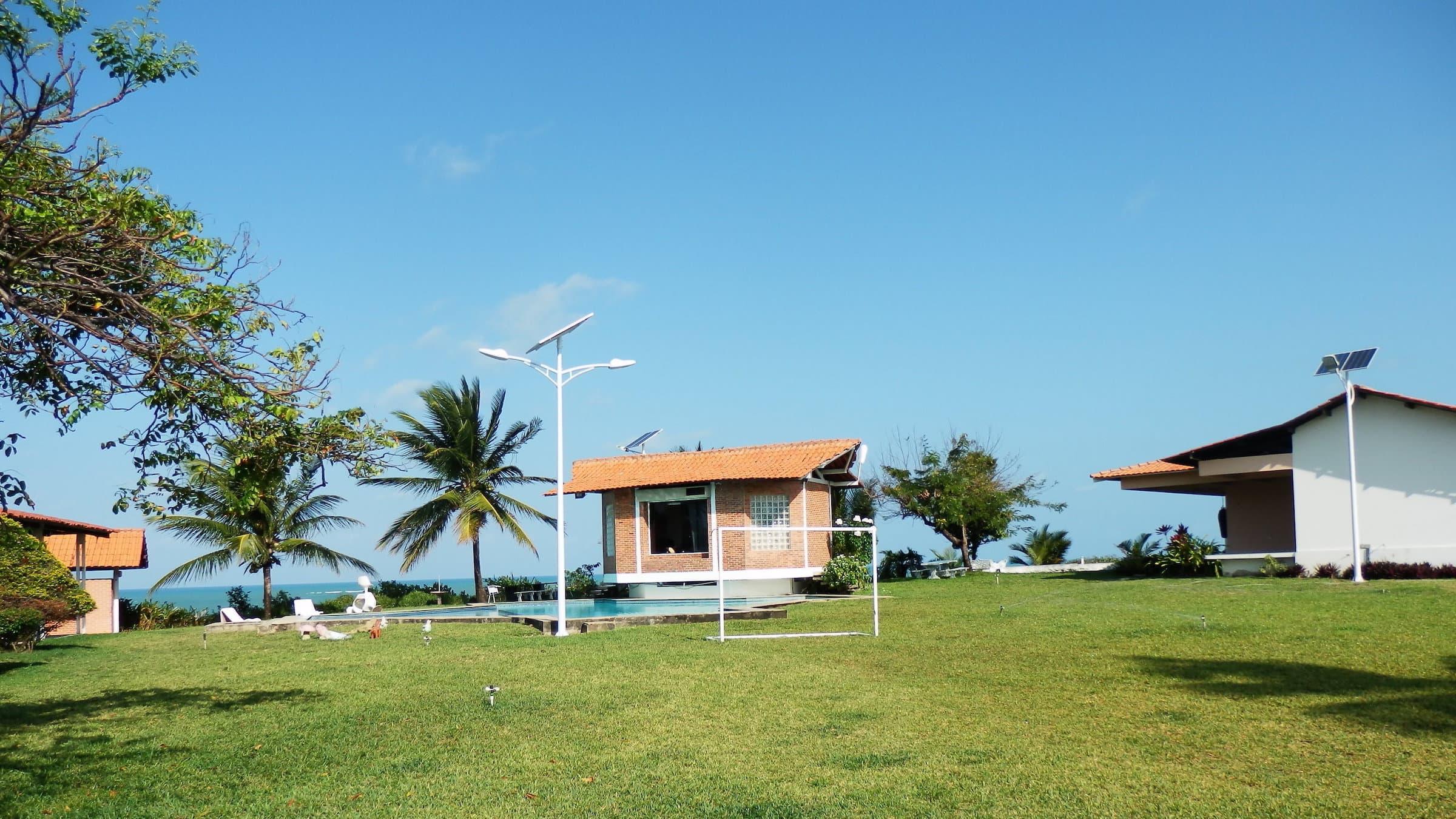 solar-powered-street-light-30-watts-in-Brazil