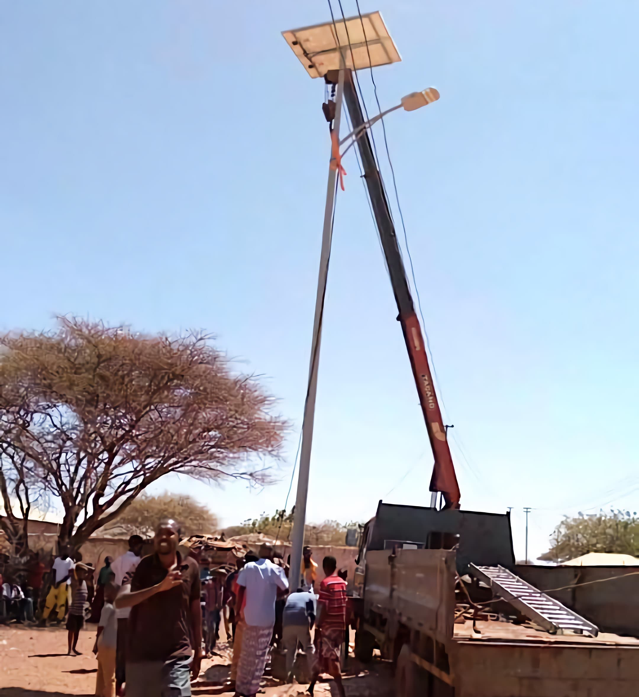 solar-powered-street-light-60-watts-installation-in-Mogadishu-of-Somalia