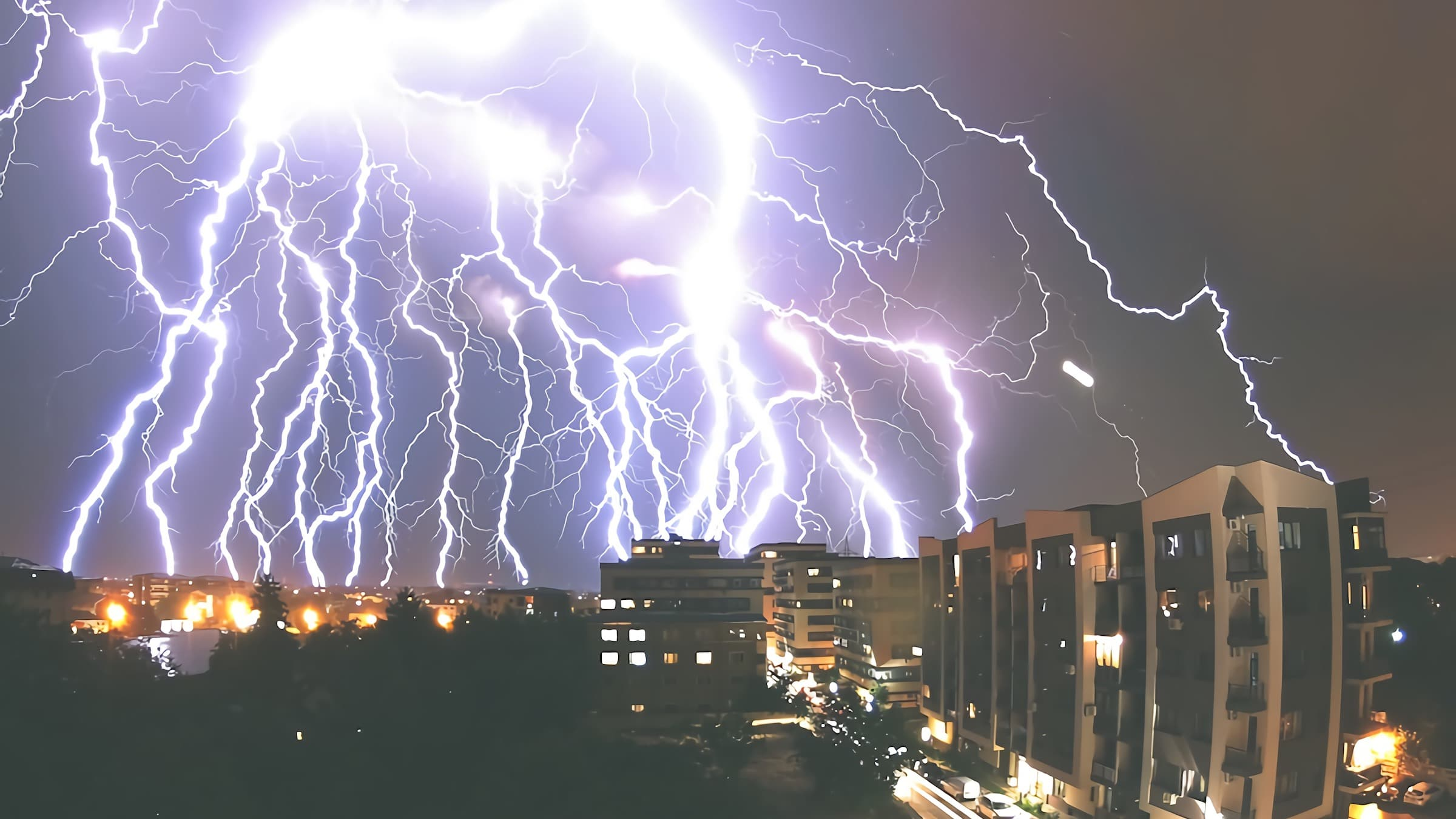 Grounding is the most effective technique for protection against lightning strike damage. Here are more ways to protect Solar street light systems from lightning strikes