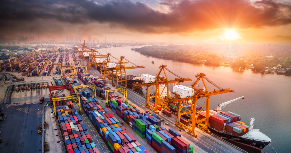 Identifying ways to avoid demurrage charges and per diem detention charges can be difficult at best. Learn six more ways your organization can reduce the risk for these charges today.
