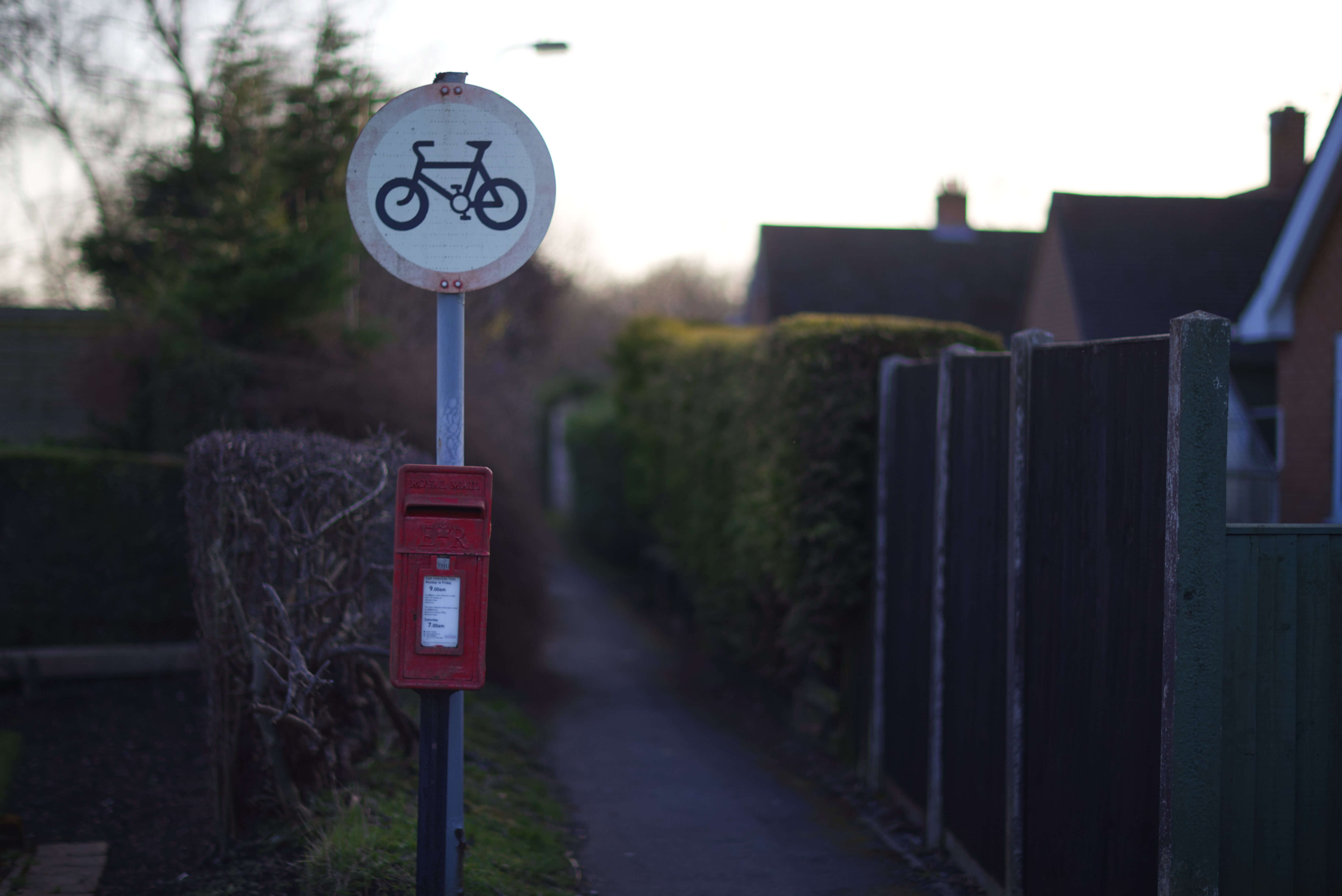 Postbox opposite Mumford Drive