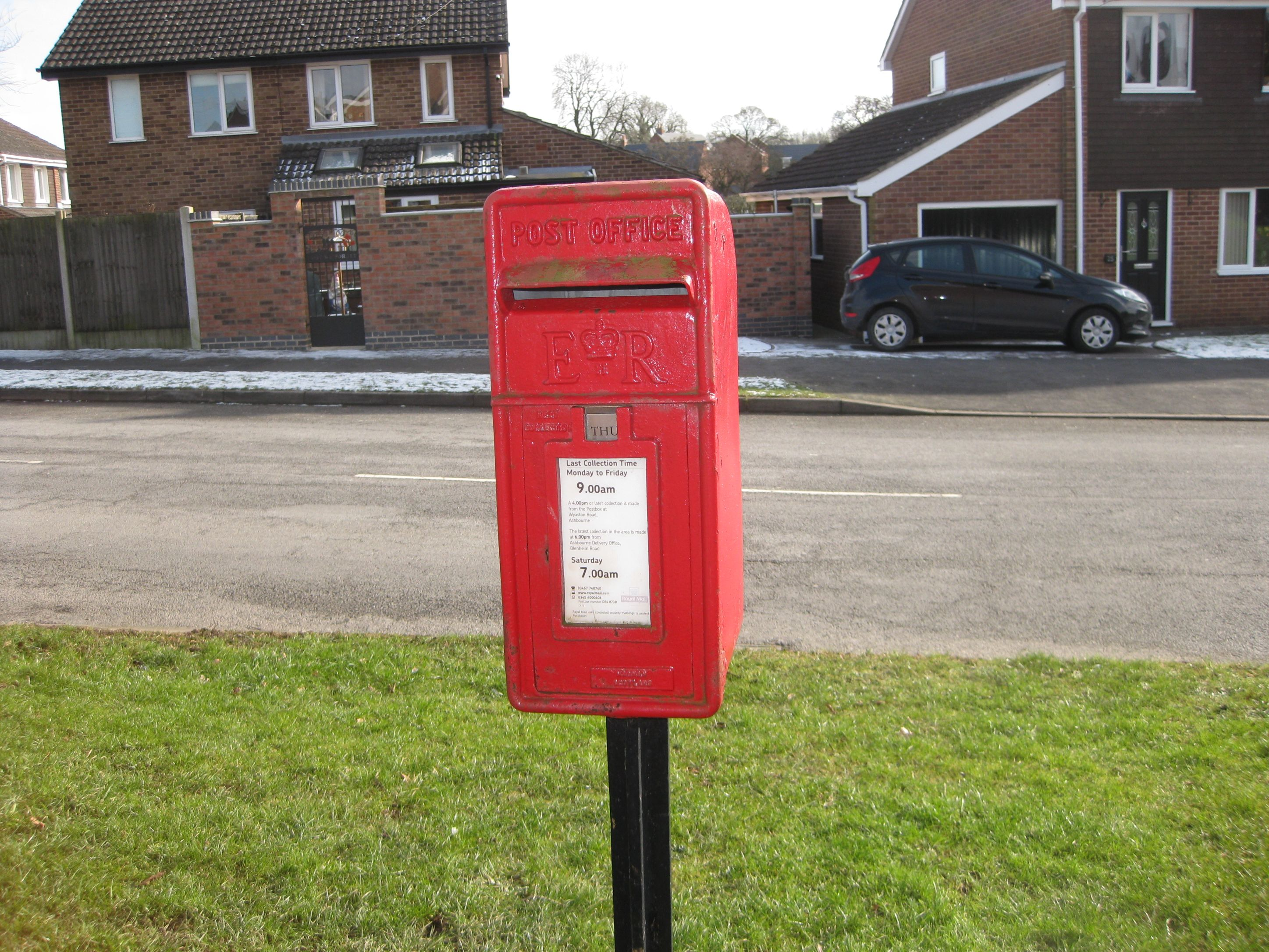 Postbox at Beech Drive junction (Hilltop end)