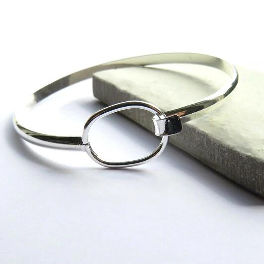 Silver Bangle - Loop