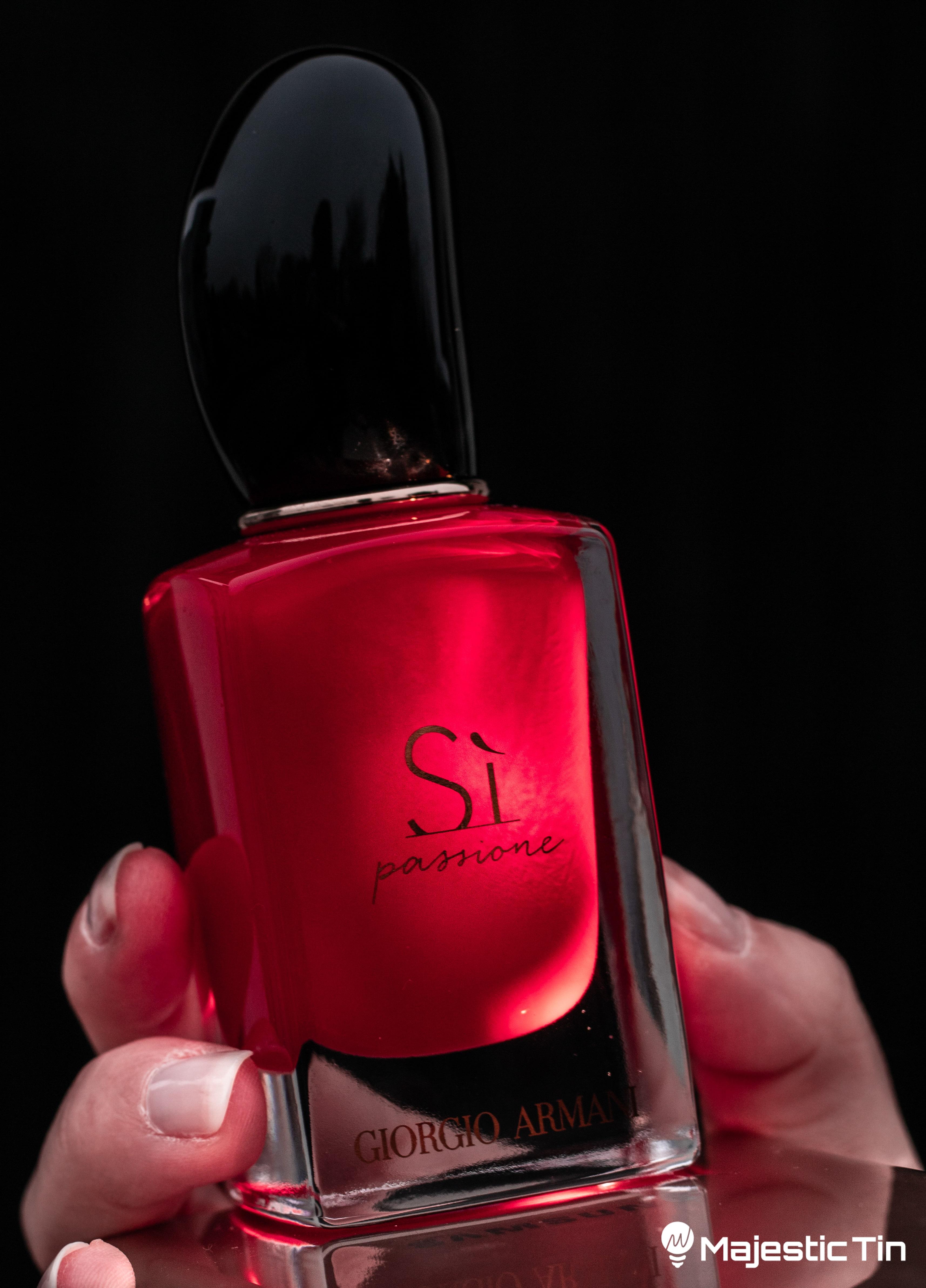 Reklama za Armani parfem
