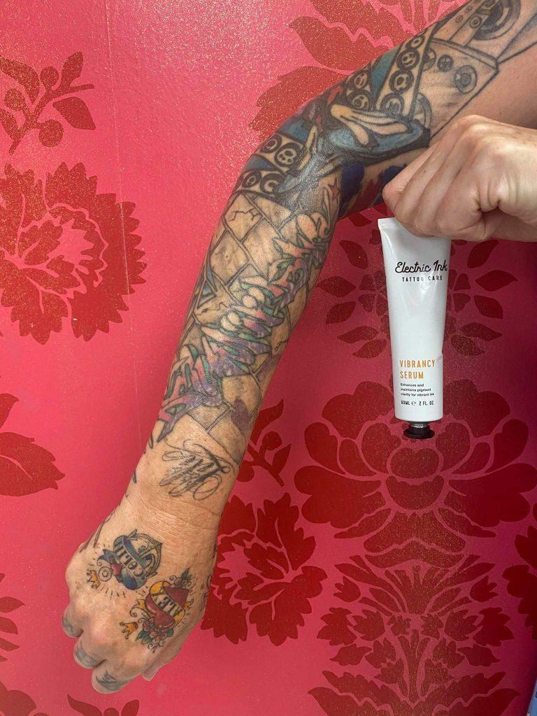 tattoo-sleeve-using-vibrancy-serum