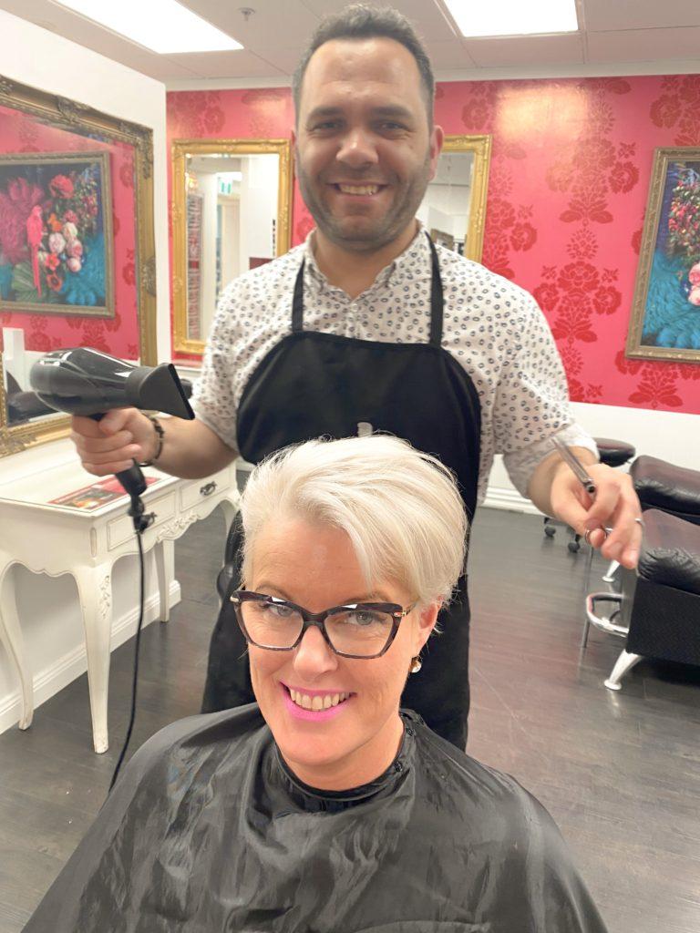 Fiko cutting Master Vicki's hair