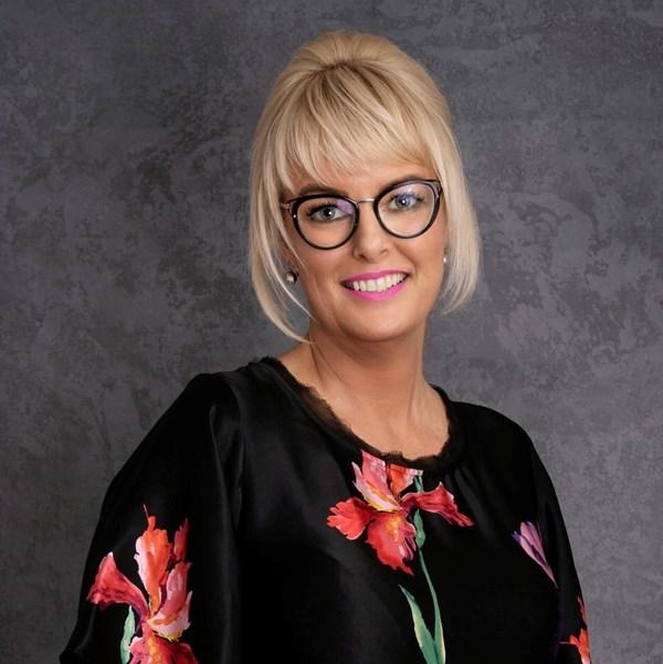 Master stylist Vicki