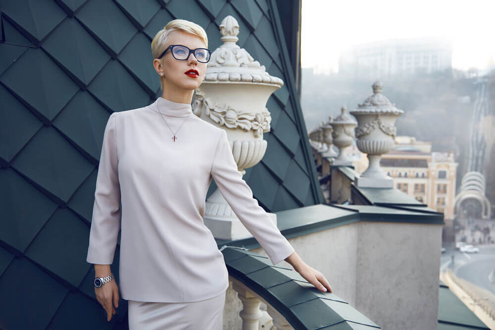Fashion Lady - V for Hair & Beauty, Merivale